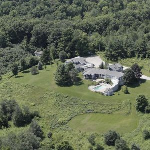 Chalet Claremont Aerial Photo